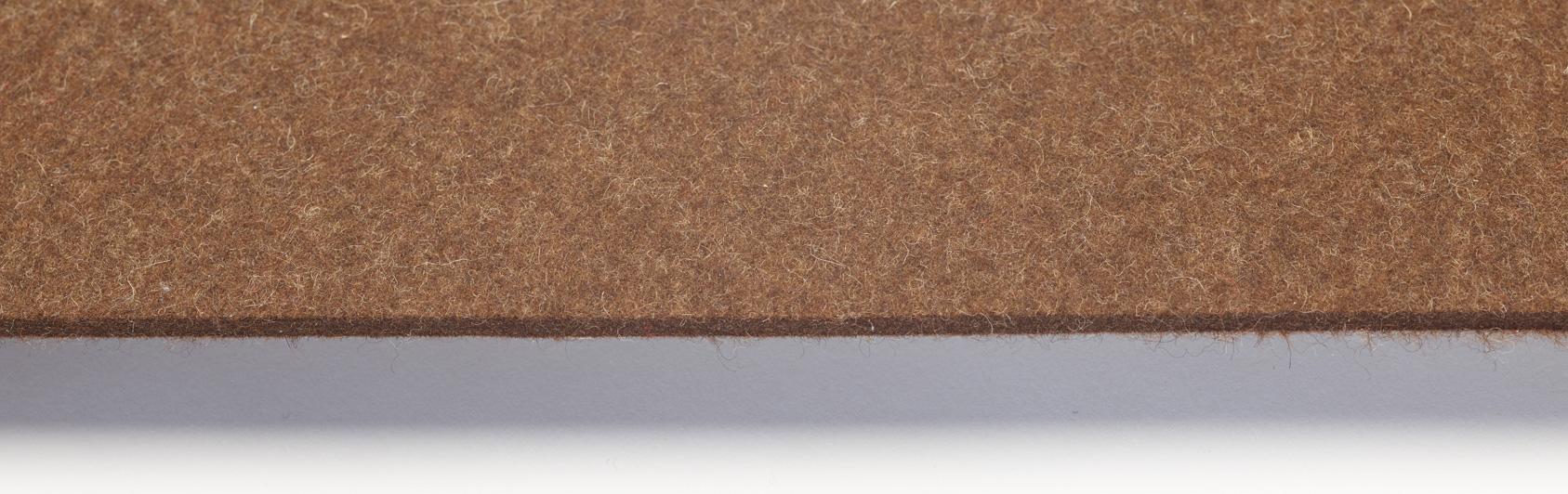 coussin qualité feutre couleur brun