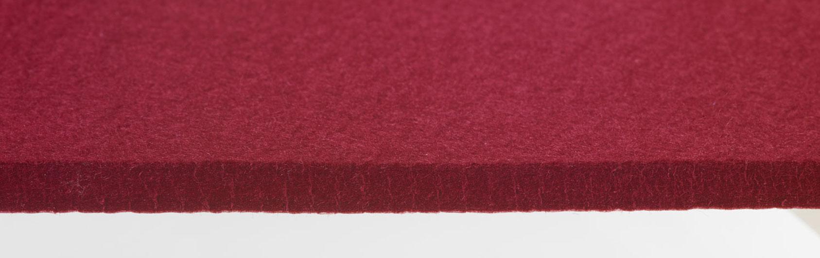 coussin qualité feutre couleur rouge